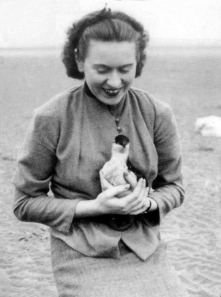 Ursula Vaughan Williams with seabird